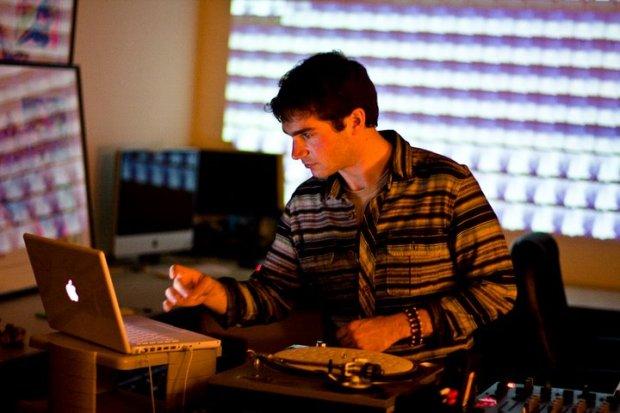 DJ API at work (Photo by Jason Sundram